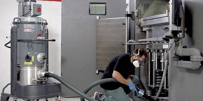 Industrial vacuum solution for additive manufacturing
