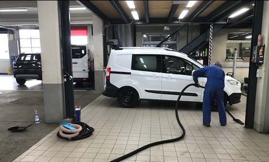INDUSTRIAL VACUUM CLEANERS FOR CAR WASHES